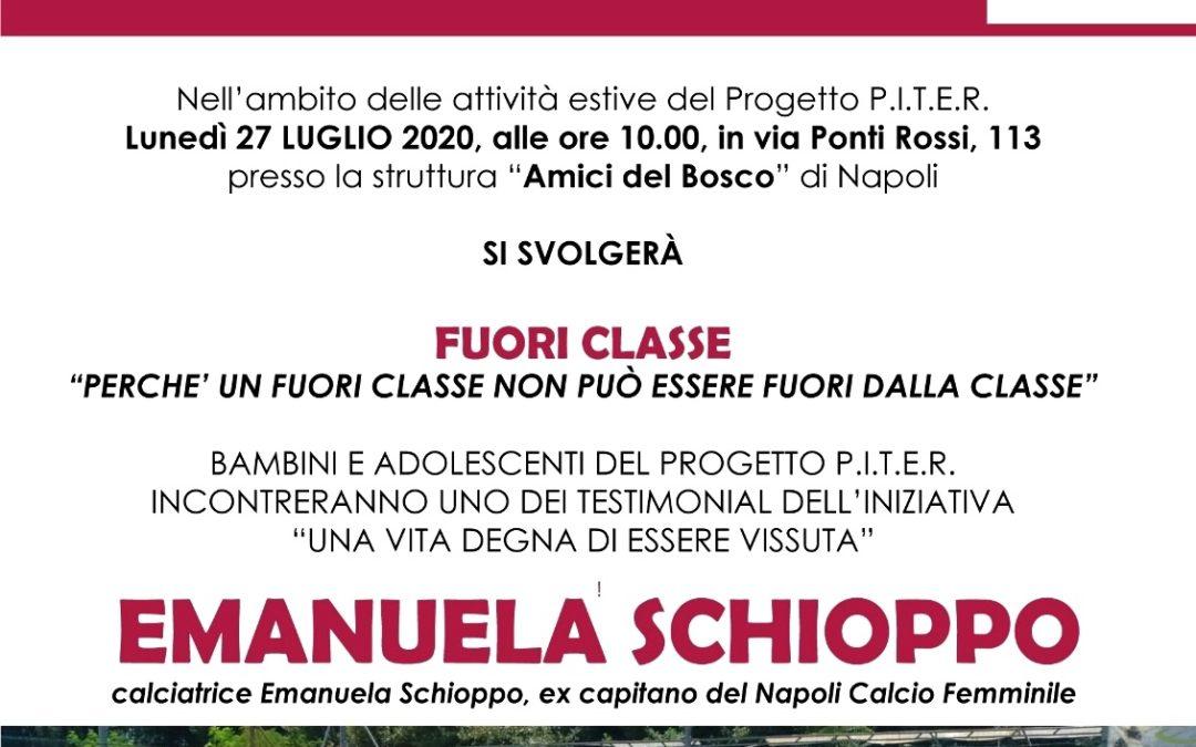 Progetto P.I.T.E.R.: Emanuela Schioppo, calciatrice ed ex capitana del Napoli Calcio Femminile incontra bambini e adolescenti della Sanità